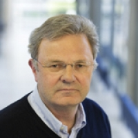 Wolfgang Baumeister